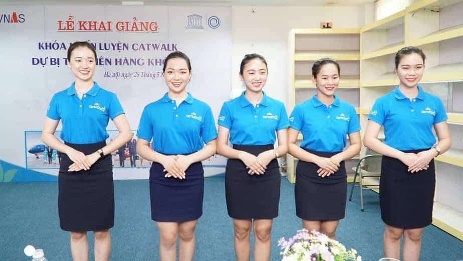 VNAS khai giảng khóa huấn luyện catwalk nghiệp vụ hàng không - Tạp chí điện  tử Nghề nghiệp và cuộc sống